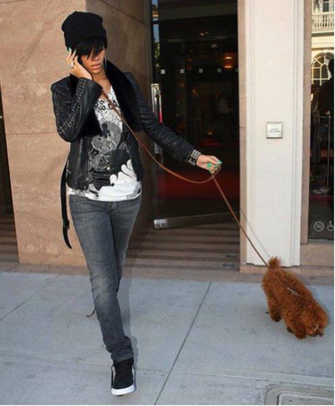 3. Oliver (Rihanna)