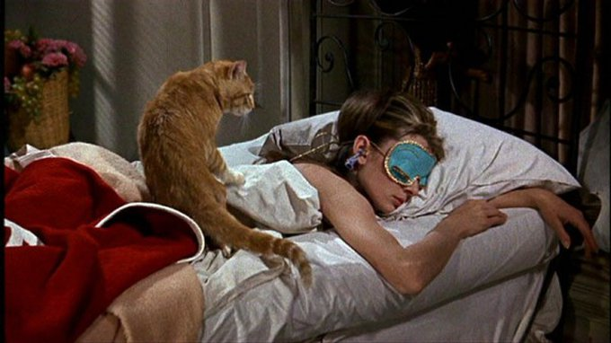 orangey-audrey-hepburn-breakfast-at-tiffanys-600x337