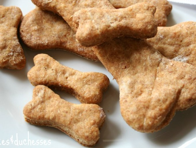 blog_yummypets_biscuits_bacon_03_2014_1